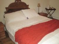 Les Renards Bed and Breakfast Chambres d'Hôtes Marigold Room